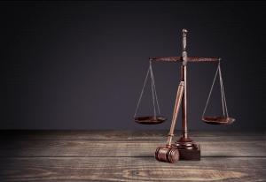 Lawyer--111329423